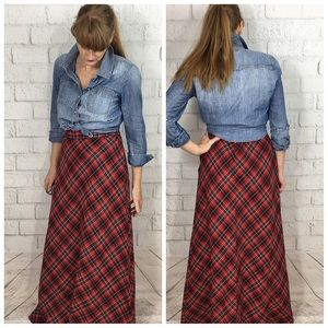 Vintage Plaid full length skirt. Large